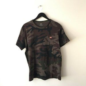 Levis Logo Tee Shirt Camouflage Military Army L